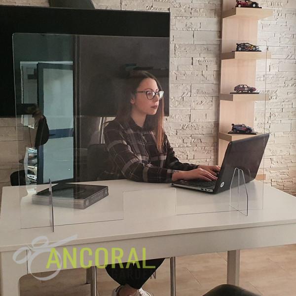 schermo protettivo plexiglass con passacarte